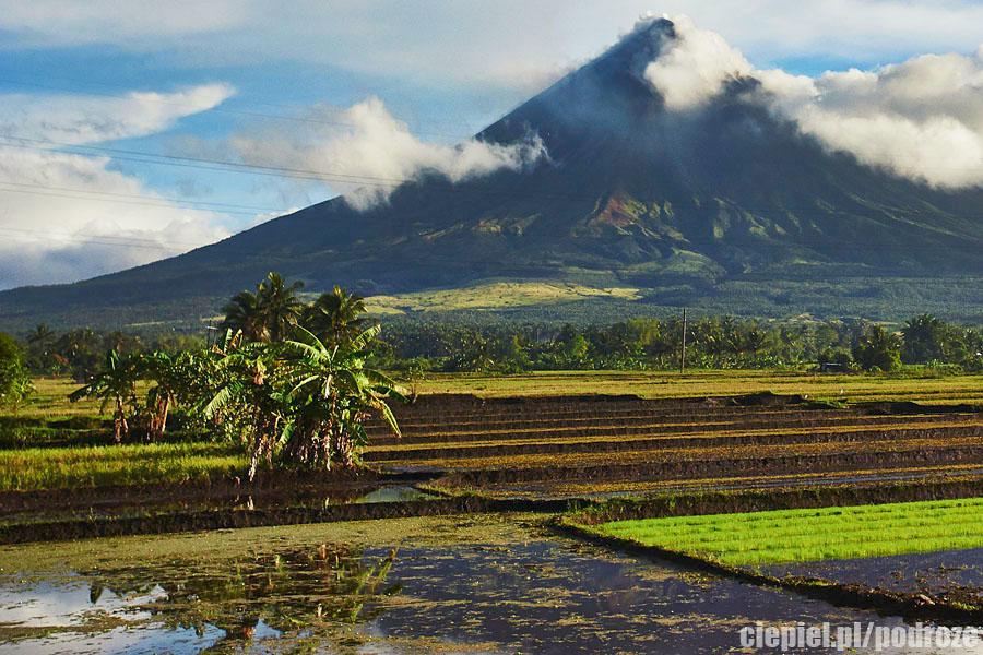mayon7 W cieniu wielkiego wulkanu