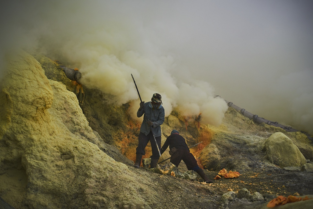 indonezja 0528 W siarkowym piekle   Wulkan Ijen